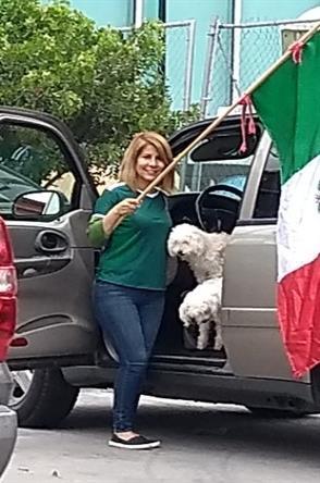 Hallan cuerpo en cajuela de auto en San Nicolás