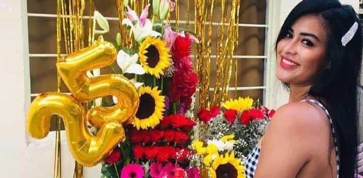Serenata y rosas a Cecilia Rodríguez