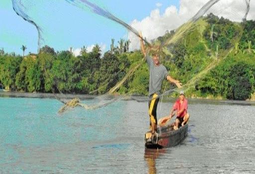 Buscan acabar con la pesca tradicional