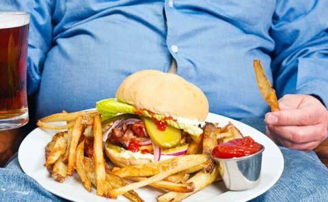5 de 10 axtlenses padecen colesterol