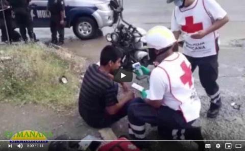 Joven motociclista herido en un choque