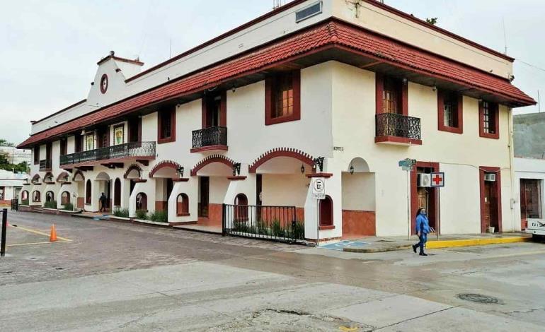 Manda Municipio 193 empleados a su casa