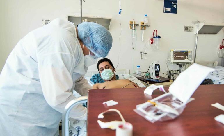 Experimentan doctores en pacientes COVID-19