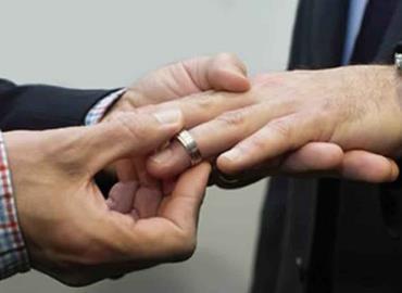 """La Iglesia defiende matrimonio """"natural"""""""