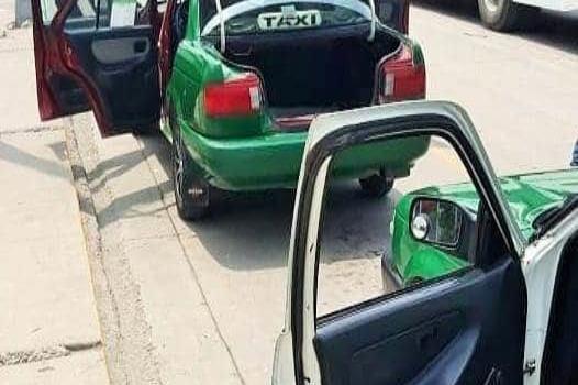 Denuncian a taxistas por abusos en tarifas