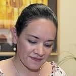Rocío E. Cervantes S. ... La agreden.
