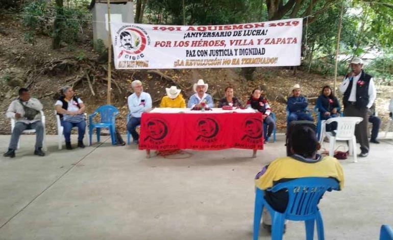 """Campesinos exigen no comprar """"transgénicos"""""""