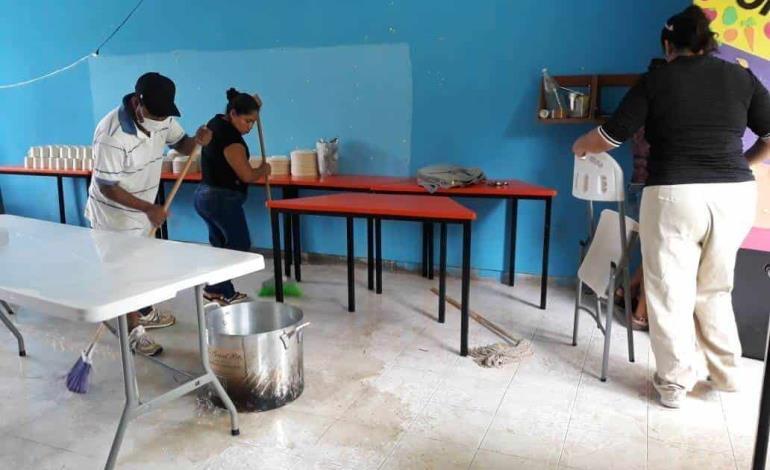 Desinfecta SMDIF los comedores escolares