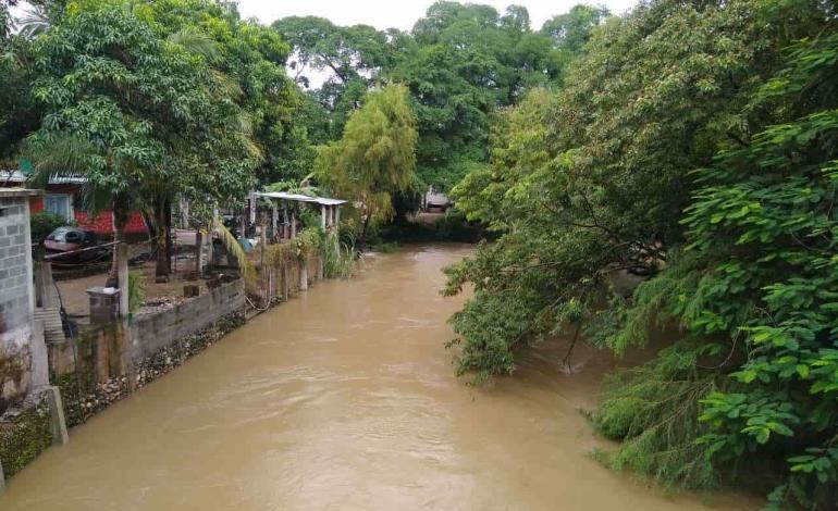 Aumentó nivel del río Gallinas