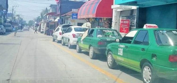 Pondrán 'en orden' rampas de taxistas