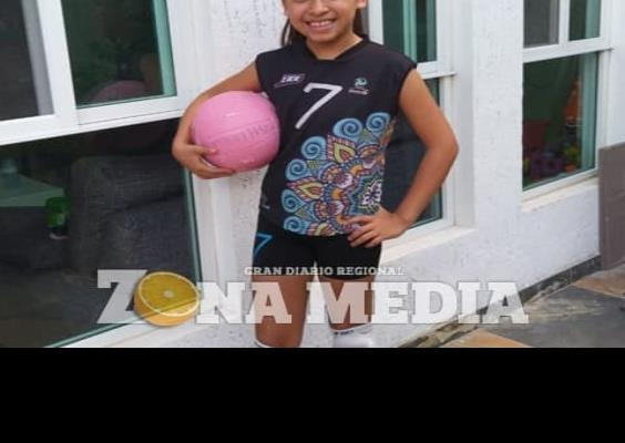 Futura estrella del volibol es Romina