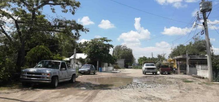 En pésimas condiciones está la calle Coahuila