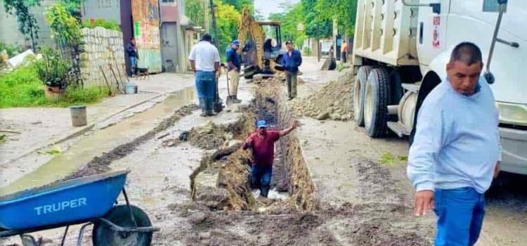 Conexiones ilegales colapsan el drenaje