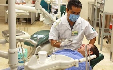"""Dentadura """"riesgo"""" para los diabéticos"""