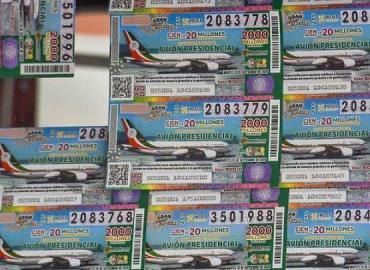 Repartieron boletos del avión presidencial