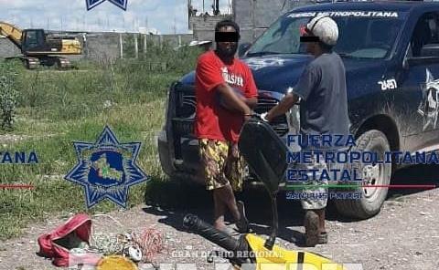 DOS MOTOCICLISTAS PRESOS POR DROGOS