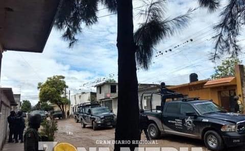 Confiscaron equipo táctico y dos autos