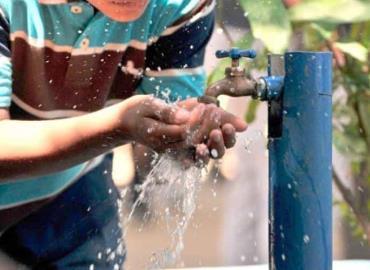 Reanudan el cobro en servicio de agua