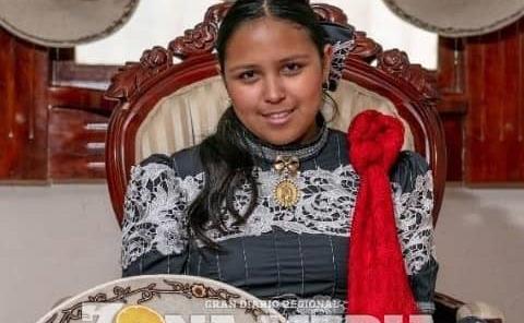 Mariana representa la charrería familiar