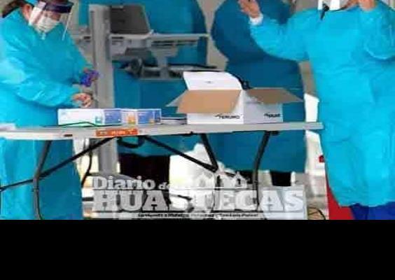 Reconocen a médicos por labor ante pandemia