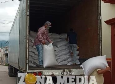 Sedarh entregó semilla de avena a agricultores