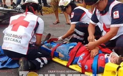 Camioneta arrolló a joven motociclista