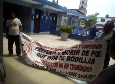 """Ayuntamiento """"plantó"""" a representantes de CIOAC"""