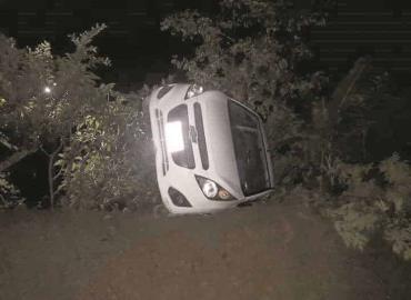 Aparatosa volcadura de coche en Texquitote I