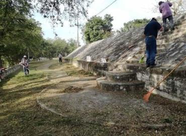 Parques y Jardines  Dirección más activa