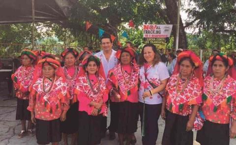 Alcalde abandona a los indígenas