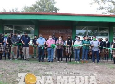 Lety Vázquez inauguró obras de beneficio social