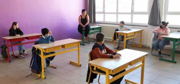 Difícil adaptación de niños a las aulas