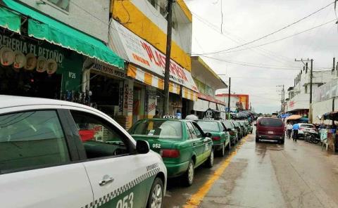 Exigen a taxistas retirar polarizado