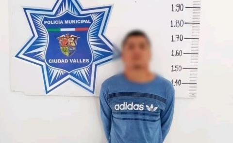 Sujeto armado y con droga fue capturado