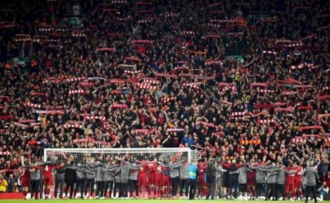 UEFA aprueba el regreso de los aficionados