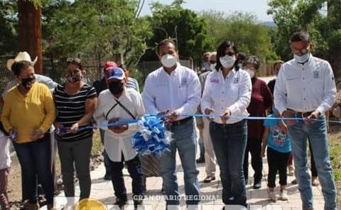 Familias de Chupaderos contentas con el alcalde
