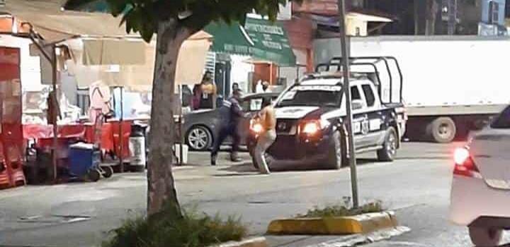 """Ataca ebrio tipo a """"polis"""" a machetazos"""