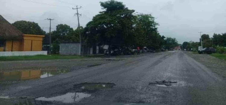 Piden reparar rúa Higo-San Vicente