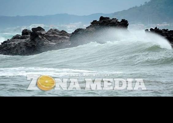 Vuelos cancelados por el tifón Chan-hom