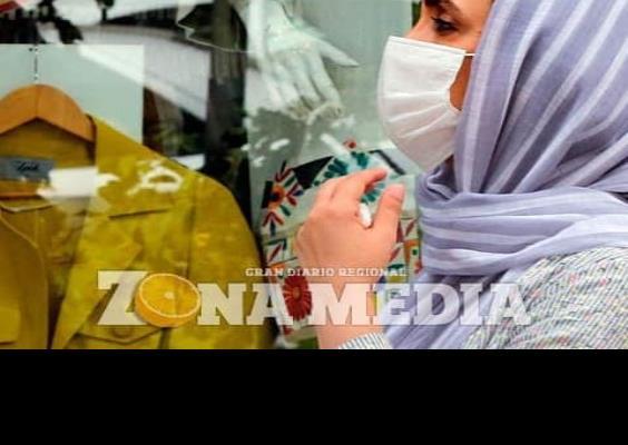 Irán bate récords de muertes y contagios
