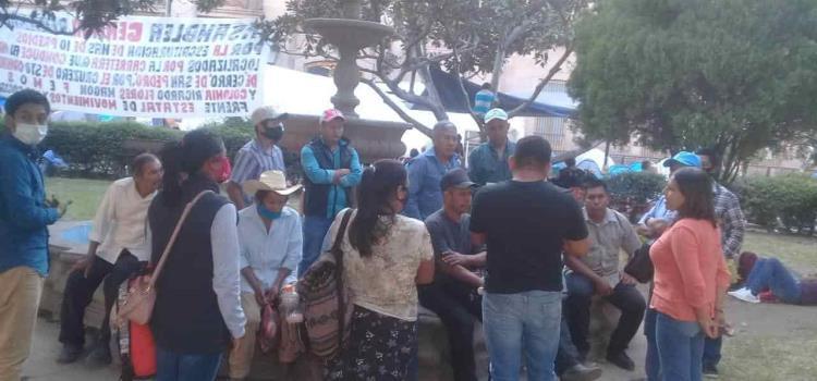Plantón étnico  en SLP capital
