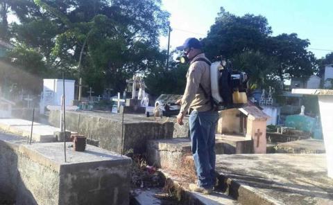 Serán nebulizados los cementerios y plazas