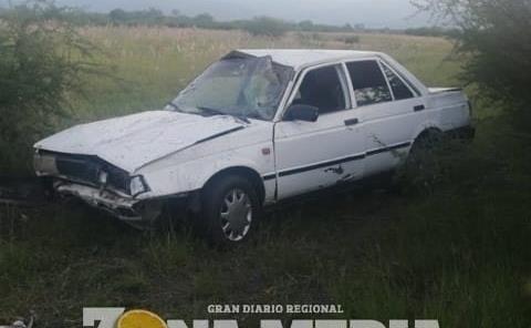 DOS HERIDOS EN VOLCADURA