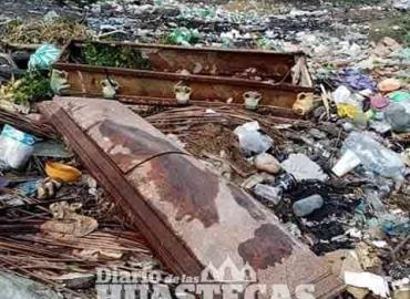 Arrojan cadáveres al basurero municipal