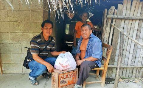 Llevaron despensas a familias indígenas
