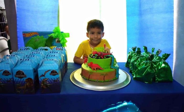 6 años festejó Aldahir