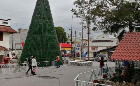 Vigilancia 24 horas a la decoración de la Plaza