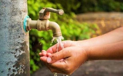 Crisis económica frenó alza al agua