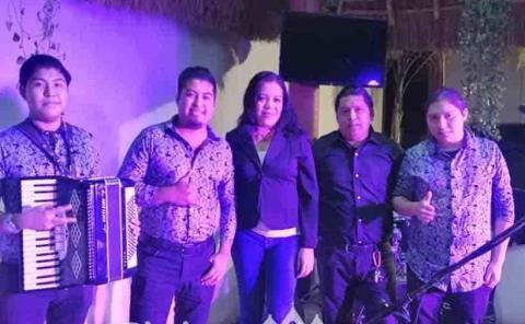 Los de Valdivia, en Al Ritmo de las Huastecas