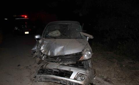 Auto destrozado